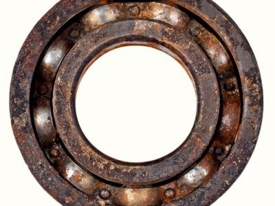 金属轴承与Xiros轴承